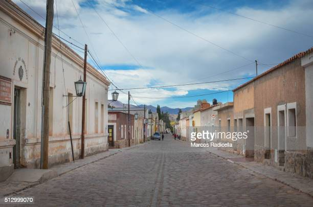 humahuaca street view, jujuy province, argentina (2015) - radicella photos et images de collection