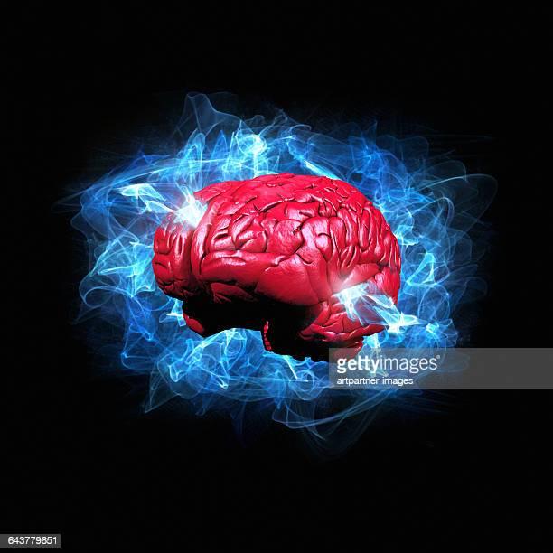 human brain in energy cloud - organos internos del cuerpo humano fotografías e imágenes de stock