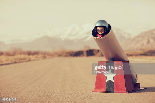 human cannonball - risk stock pictures, royalty-free photos & images
