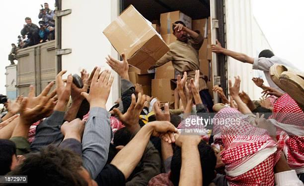 Humanitarian Aid Reaches Iraqi Town Of Safwan