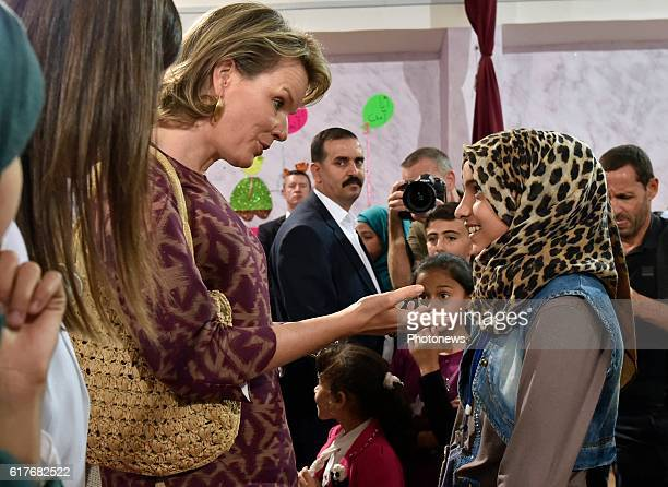 AMMAN JORDANIE OCTOBER Humanitarian visit of Queen Mathilde to Jordan Queen Mathilde pictured during her visit of the UNICEF Makani Center in Mafraq