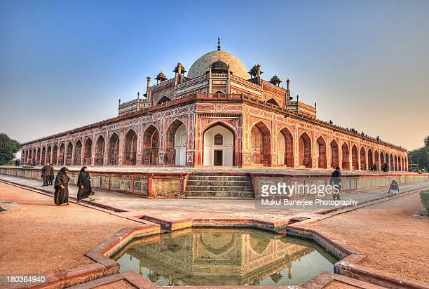 humayun's tomb, new delhi - delhi stock pictures, royalty-free photos & images