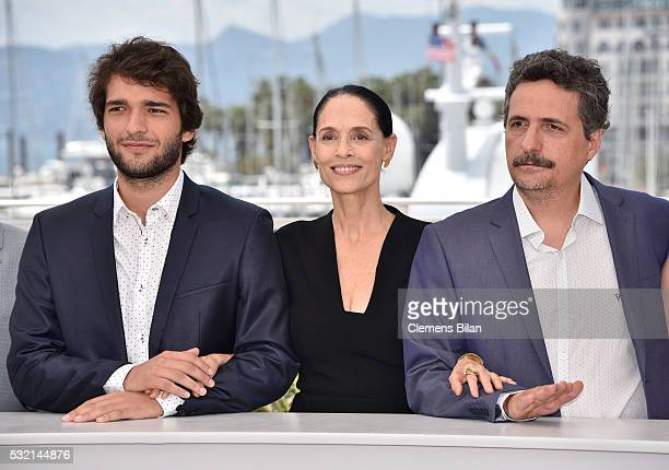 Humberto Carrao Sonia Braga and director Kleber Mendonca Filho attend the 'Aquarius' photocall during the 69th Annual Cannes Film Festival at the...