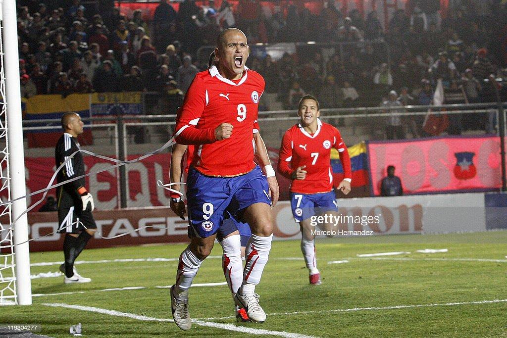 Chile v Venezuela - Copa America 2011 Quarter Final