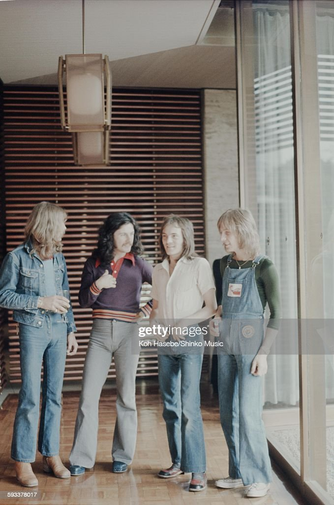 Humble Pie photo session at hotel lobby, Tokyo, May 1973