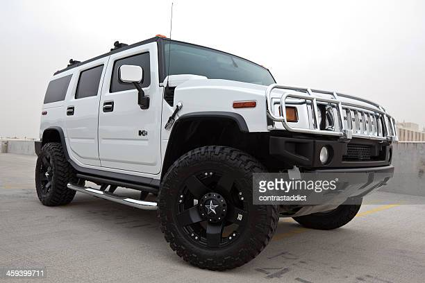 hummer h2 2005 - hummer stock photos and pictures
