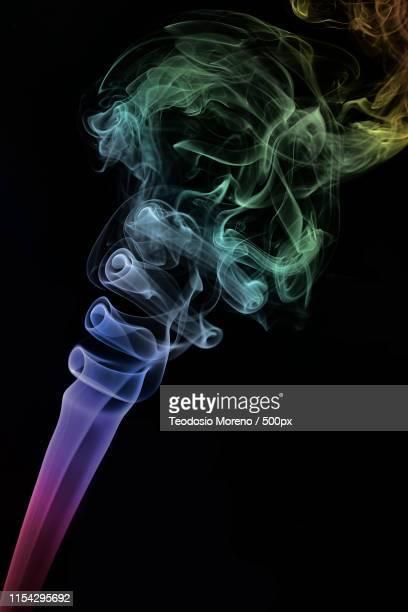 humo, cigar - teodosio moreno fotografías e imágenes de stock