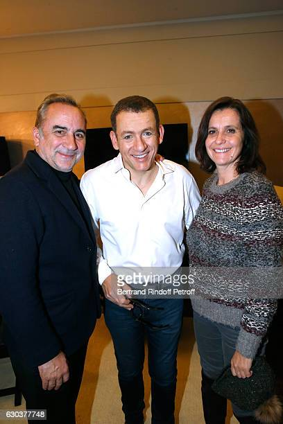 Humorist Dany Boon standing between Antoine Dulery and his wife Pascale Pouzadoux pose Backstage after the triumph of the 'Dany De Boon Des...