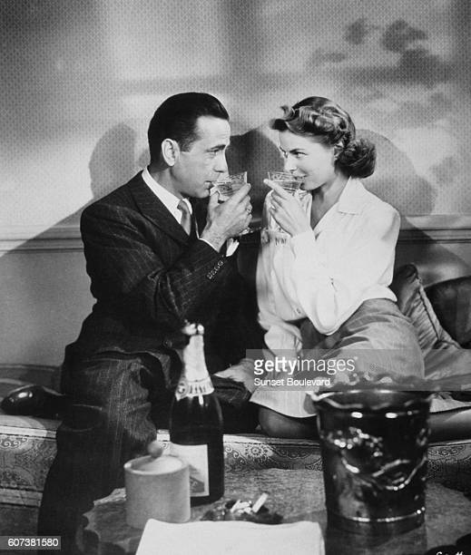 Humphrey Bogart and Ingrid Bergman in the film 'Casablanca' by Michael Kurtiz