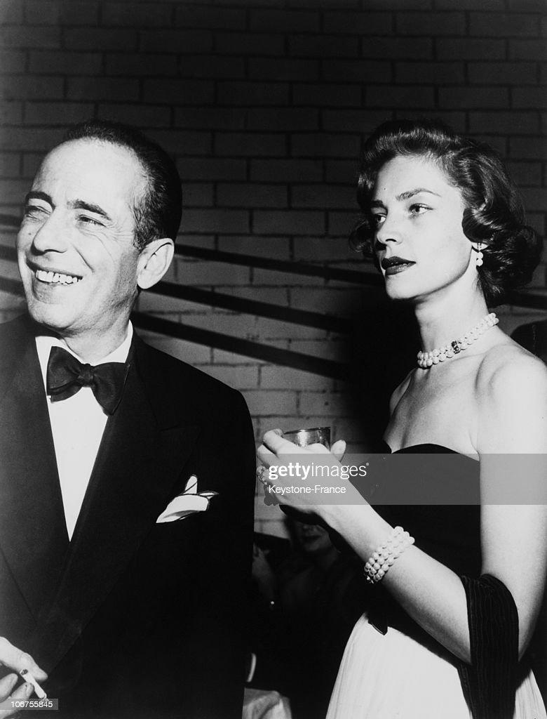 Humphrey Bogart And Lauren Bacall For The Movie The Big Sleep. 1946 : News Photo