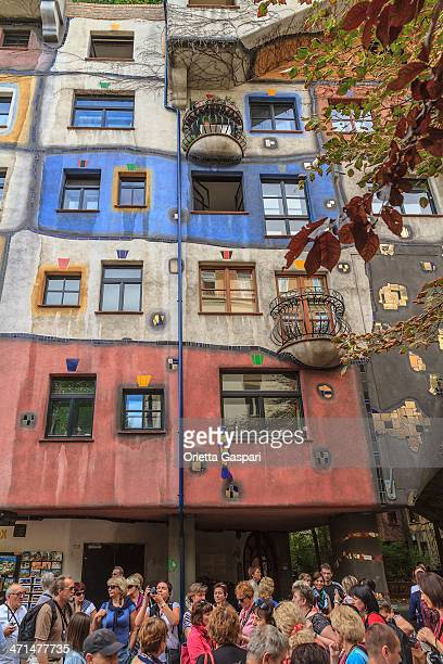 hundertwasser house, vienna - asymmetry stock pictures, royalty-free photos & images