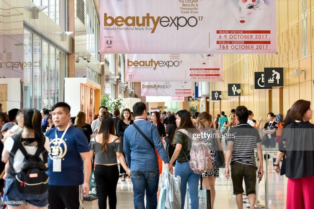 Hundreds of buyers are gather for the Beauty Expo 2017 on October 6, 2017 at Kuala Lumpur Convention Centre, Malaysia. Beauty Expo 2017 is the highly anticipated annual event in Malaysia for all beauty professionals of the industry. Participants with over 200 international and local exhibiting companies from 25 partcipating countries including South Korea, Japan, China and Thailand.