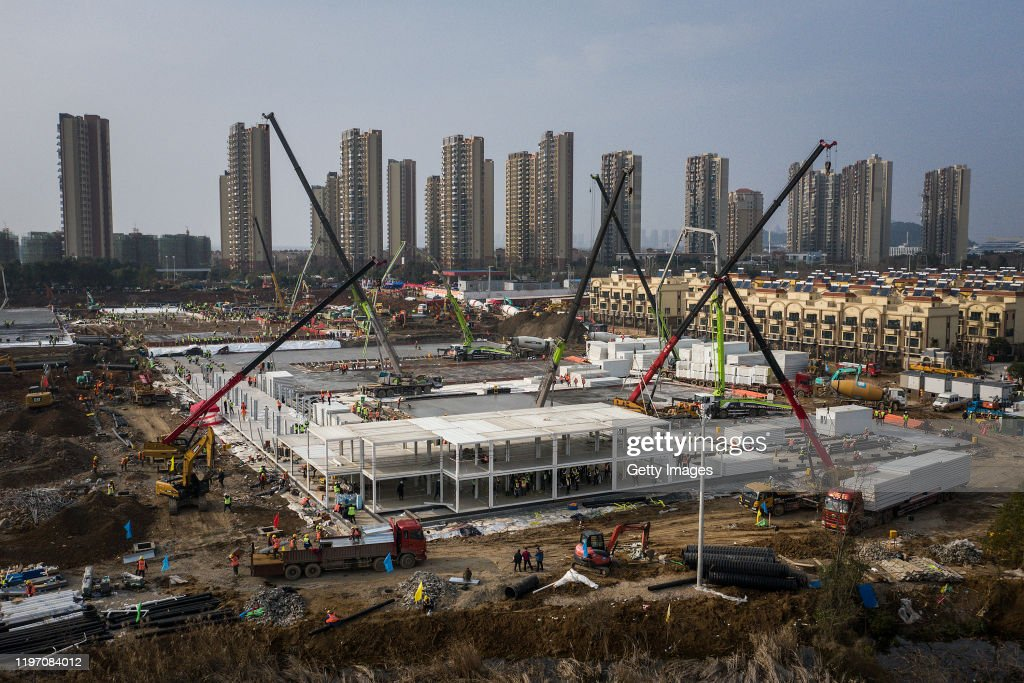 Wuhan Two New Hospitals Are Under Construction : ニュース写真