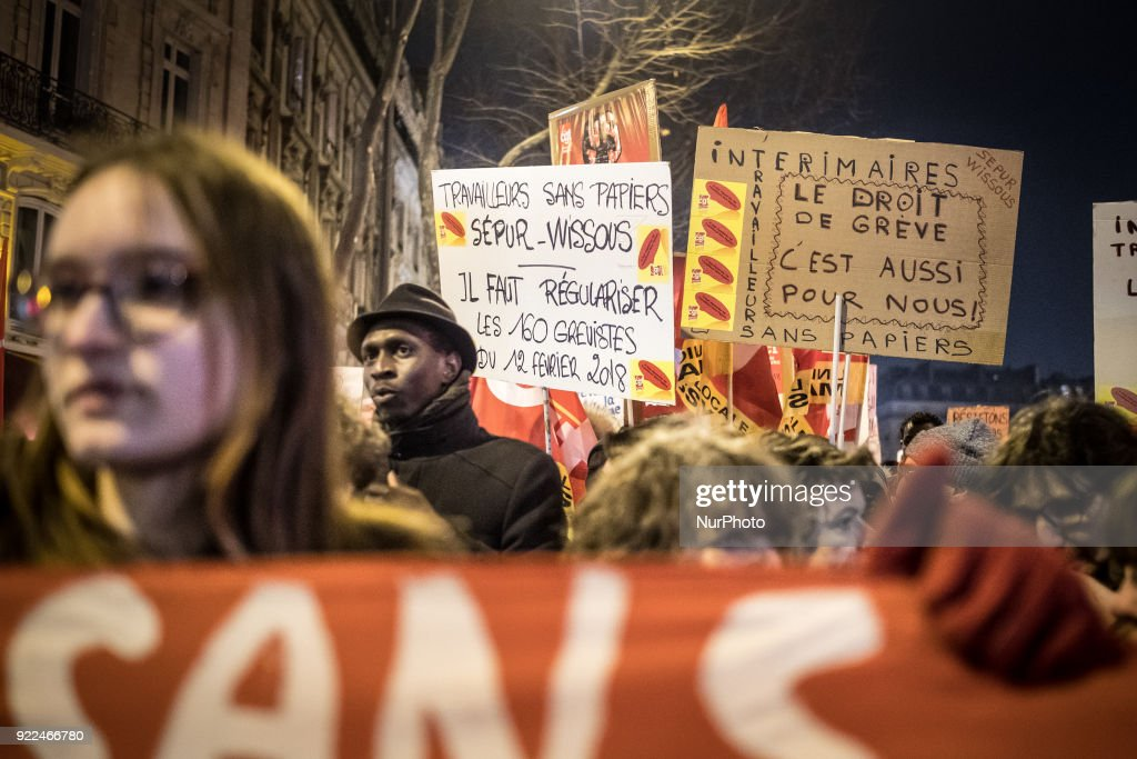 Immigration Law Protest March in Paris : ニュース写真