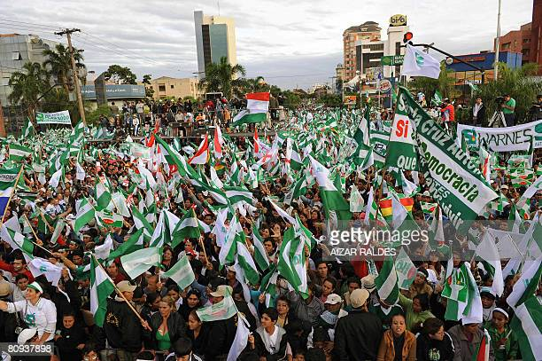Hundreds of locals take part in the campaign closing rally called by the state's civil leaders headed by prefect Ruben Costas in Santa Cruz Bolivia...