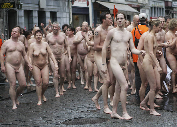 male-nudity-belgium