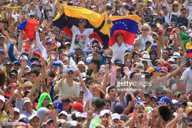 Hundreds of people attend to Venezuela Aid Live in Cucuta Colombia on February 22 2019 The concert takes place at the Las Tienditas bridge that links...