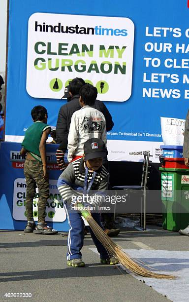 Hundreds of people including MCG Joint Commissioner Vivek kalia students teachers residents shopkeepers social groups gathered early morning to clean...