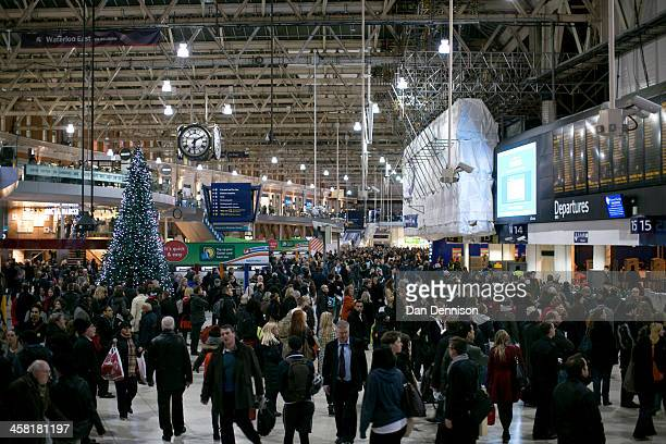 Hundreds of people on the main concourse of Waterloo Train Station on December 20 2013 in London England Large numbers of people are using the...