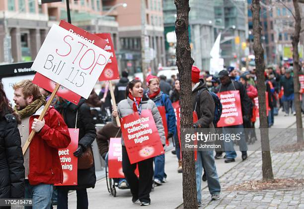 Hundreds of teachers line Bay Street Teachers strike outside Mowat Block provincial government building near Queen's Park that houses Ministry of...