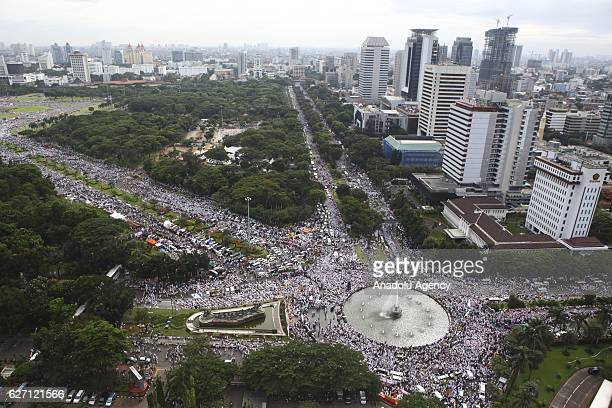 Hundreds of thousands of Indonesians muslim hold a peaceful protest against the Jakarta Governor who is accused of insulting Islam in Jakarta...
