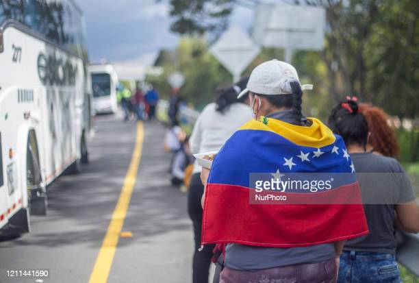 Hundreds of Venezuelan migrants saved to pay for the bus trip that would take them back to their country. However, today they are detained by the...
