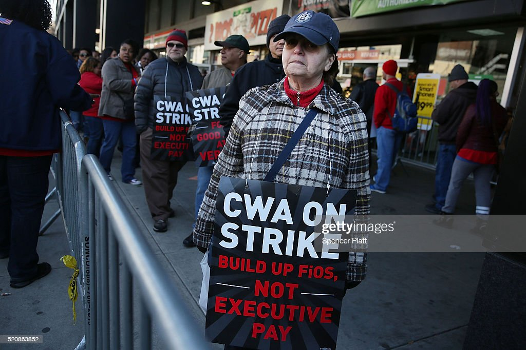 Verizon Workers Walk Off Jobs And Strike : News Photo