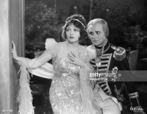 Hungarian actor Victor Varconi stars as Lord Nelson alongside American actress Corinne Griffith as Lady Emma Hamilton in the film 'The Divine Lady'...