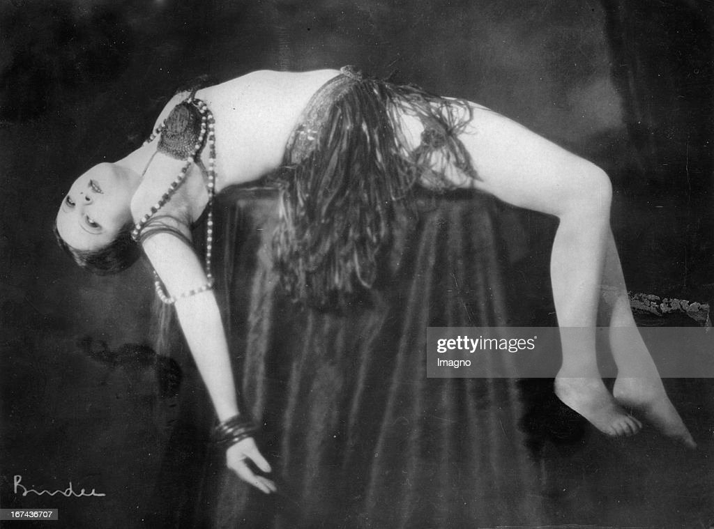 Hungarian dancer and actress Lya de Putti. About 1925. Photograph. (Photo by Imagno/Getty Images) Die ungarische Tänzerin und Schauspielerin Lya de Putti. Um 1925. Photographie.
