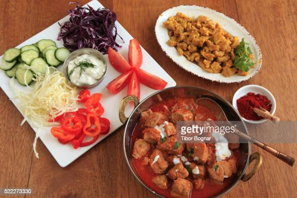 hungarian food, beef goulash, - traditionally hungarian stockfoto's en -beelden