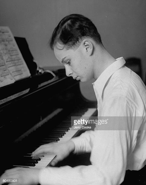 Hungarian musician Bruno Walter playing the piano