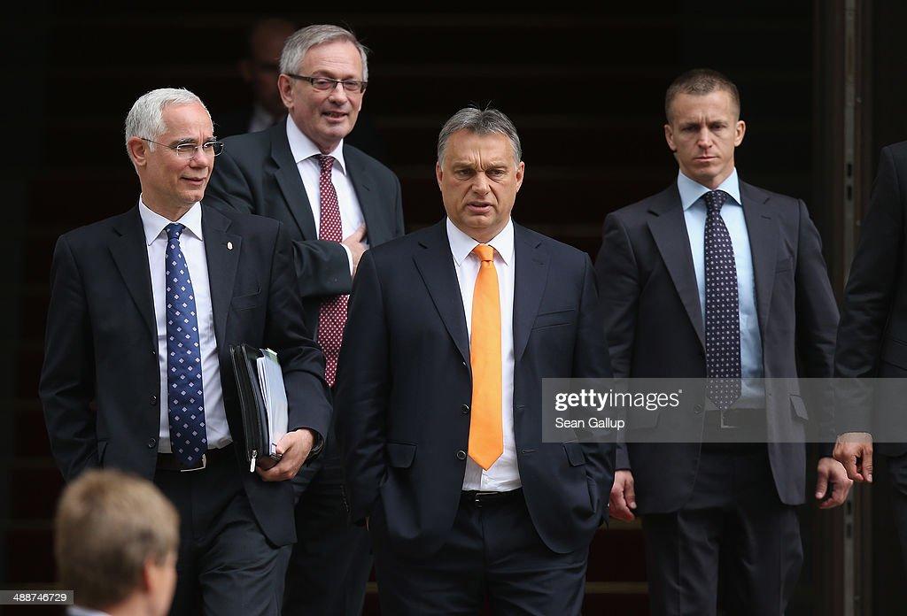 Viktor Orban Visits Berlin : Fotografía de noticias