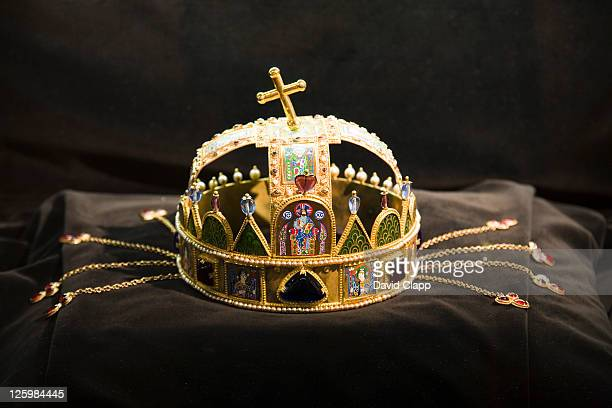 hungarian royal crown, matthias church, budapest, hungary - traditionally hungarian stock pictures, royalty-free photos & images