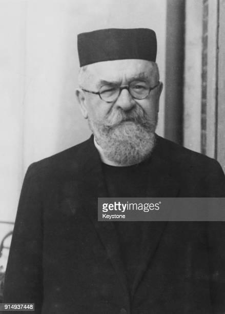 Hungarianborn rabbi Dr Joseph Herman Hertz Chief Rabbi of the United Kingdom circa 1940