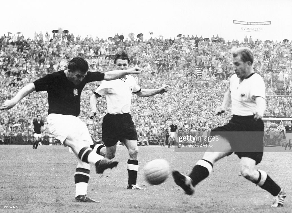 Soccer - World Cup Switzerland 54 - Final - Hungary v West Germany : News Photo