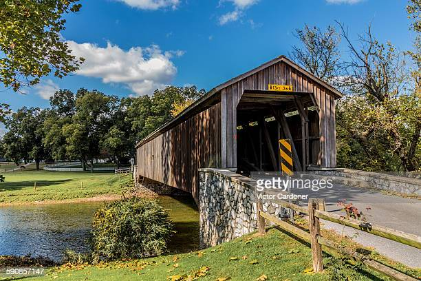 hunsecker's mill covered bridge - lancaster pennsylvania stock pictures, royalty-free photos & images