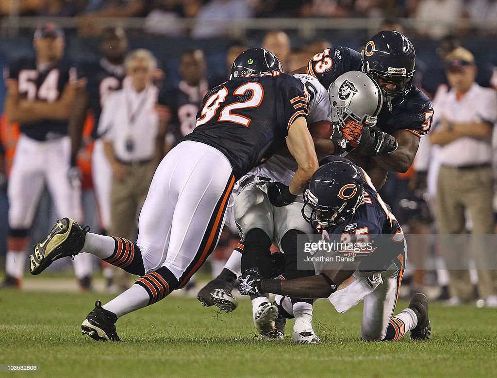 Oakland Raiders v Chicago Bears : News Photo