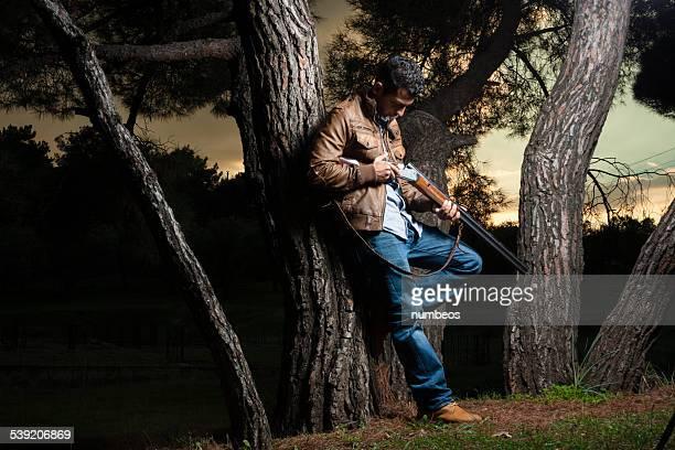 Dans le domaine du chasseur avec un fusil