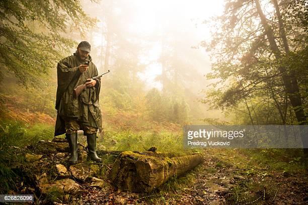 Cazador en el bosque