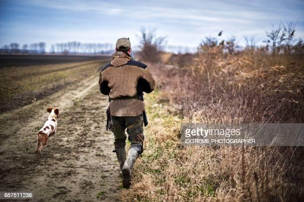Jäger in der Natur