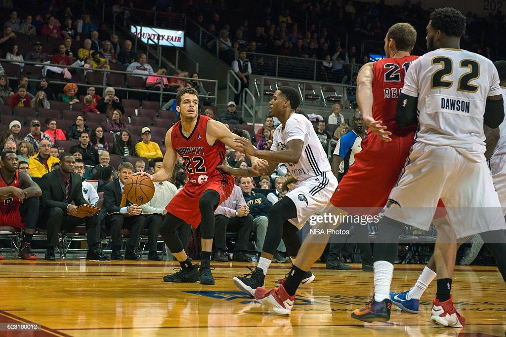 Windy City Bulls v Erie BayHawks