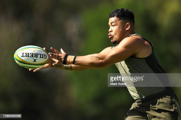 Hunter Paisami catches a pass during the Australian Wallabies Captain's Run at Baddeley Park on November 20, 2020 in Newcastle, Australia.
