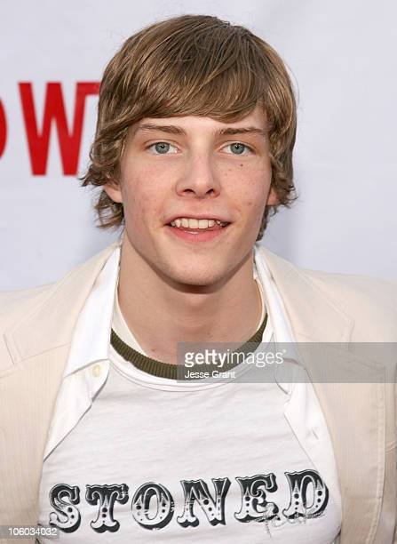 Hunter Parrish during Weeds Season Two Premiere Arrivals at The Egyptian Theatre in Hollywood California United States