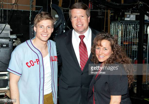Hunter Parrish Jim Bob Duggar and Michelle Duggar pose backstage at the hit musical Godspell on Broadway at The Circle in The Square Theater on...