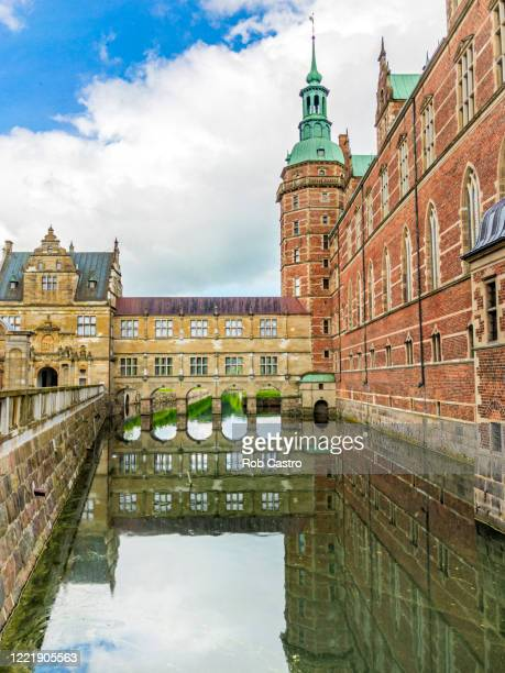 hunting castle in frederickborg, denmark - hillerod stock pictures, royalty-free photos & images