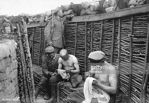 Hunting the cootie in well constructed German trenches in the Vosges 1915