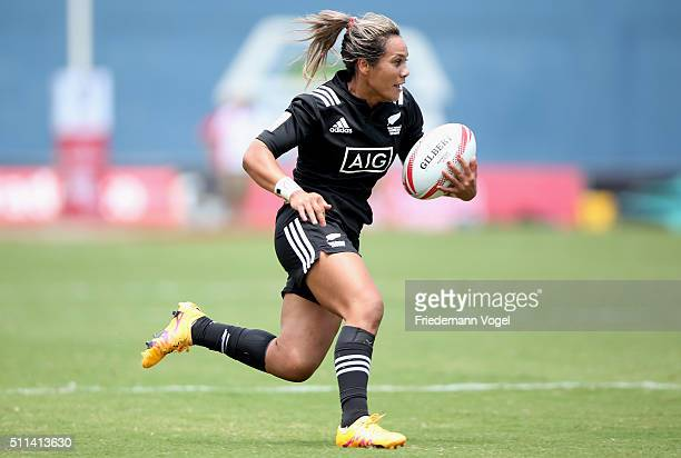 Huriana Manuel of New Zealand in action against USA during the Women's HSBC Sevens World Series at Arena Barueri on February 20, 2016 in Barueri,...