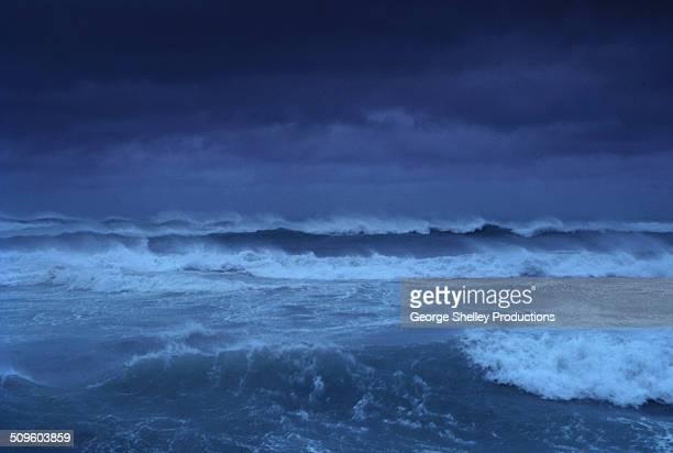 huricane strom surf atlantic ocean - paysage marin photos et images de collection