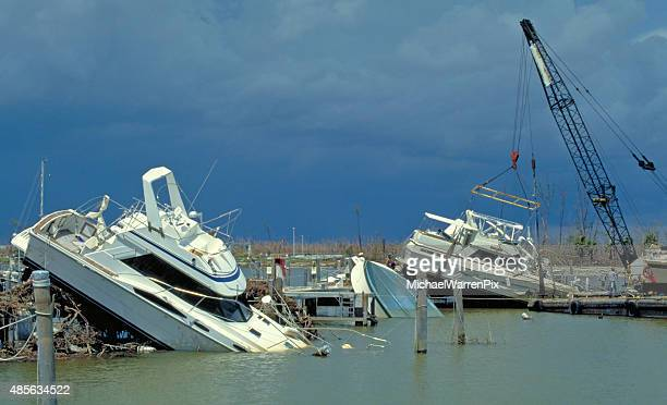 Huracán Andrew dañado embarcaciones