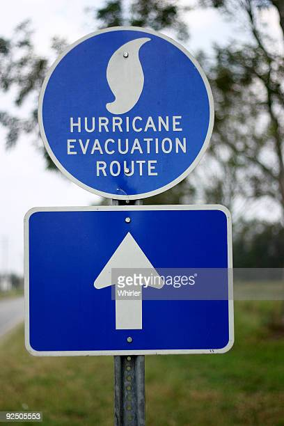 hurricane evacuation route - storm dennis stock pictures, royalty-free photos & images